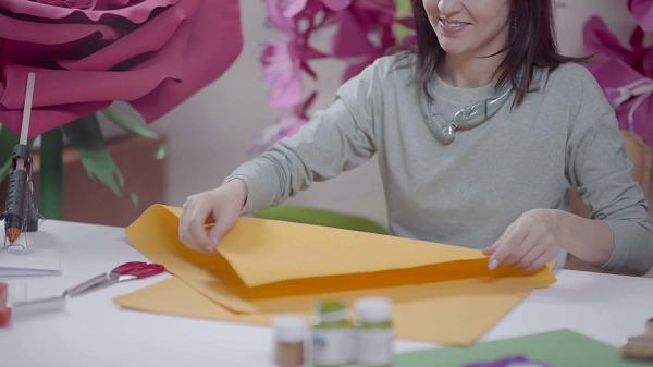 giant flower making process
