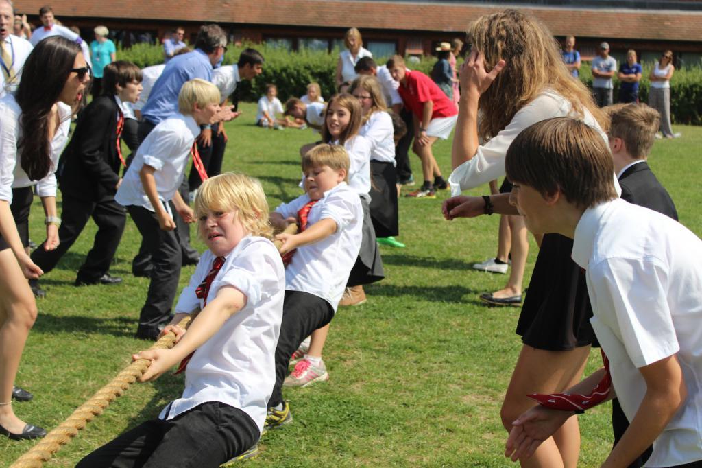 Соревнования между детьми