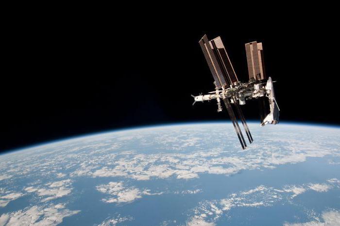 кто стал первым космическим туристом