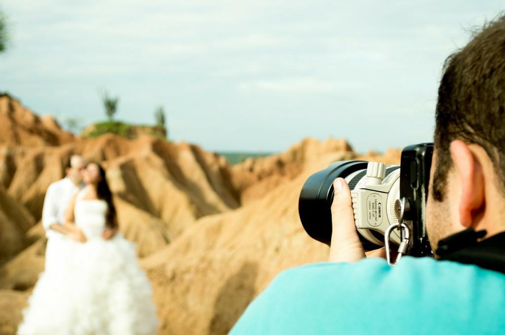 сколько зарабатывают свадебные фотографы