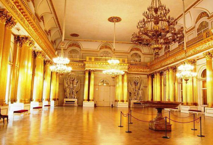 величайшие музеи мира лувр