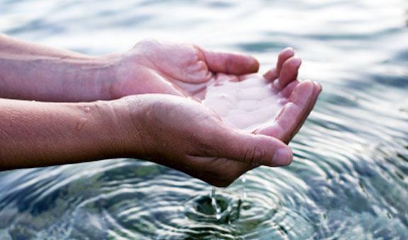 текущая вода