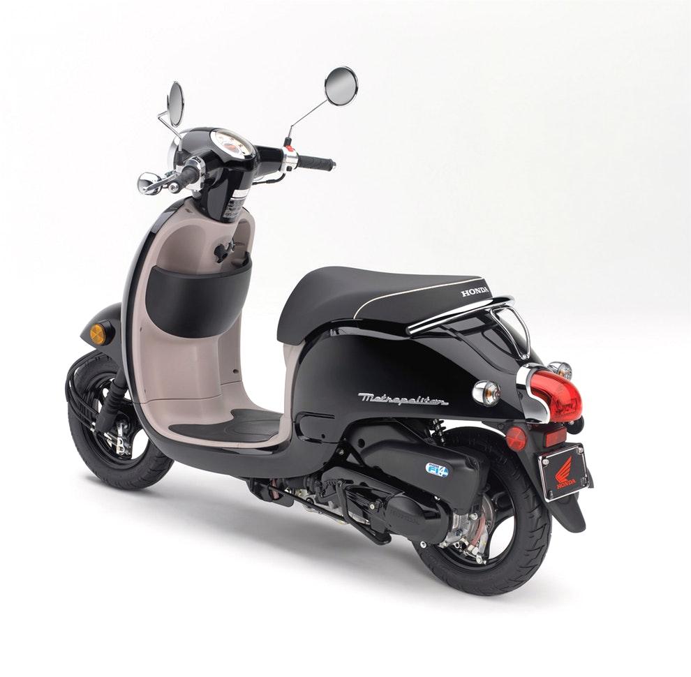 Скутер Honda Giorno: описание, технические характеристики