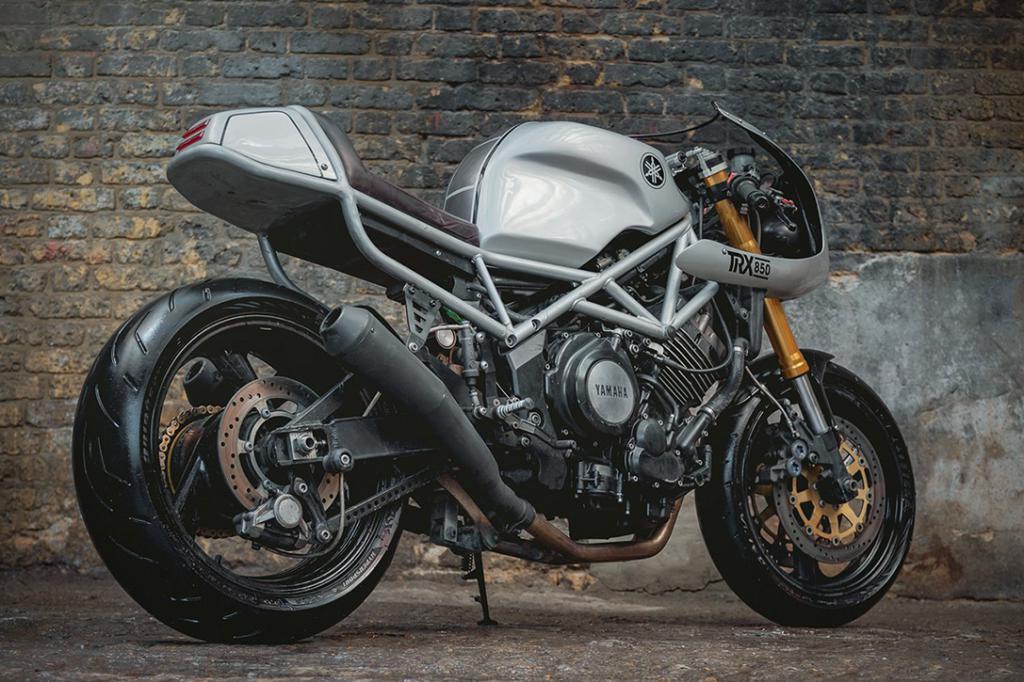 спортивный мотоцикл yamaha trx 850