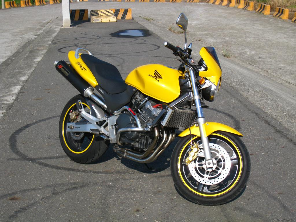 Мотоцикл Honda Hornet 250: обзор, технические характеристики, отзывы