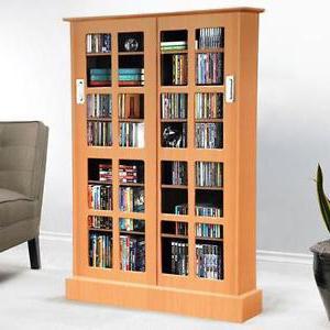 книжный шкаф из сосны со стеклянными дверцами