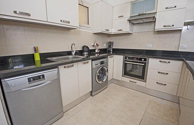 Стиральная машина на кухне: плюсы и минусы