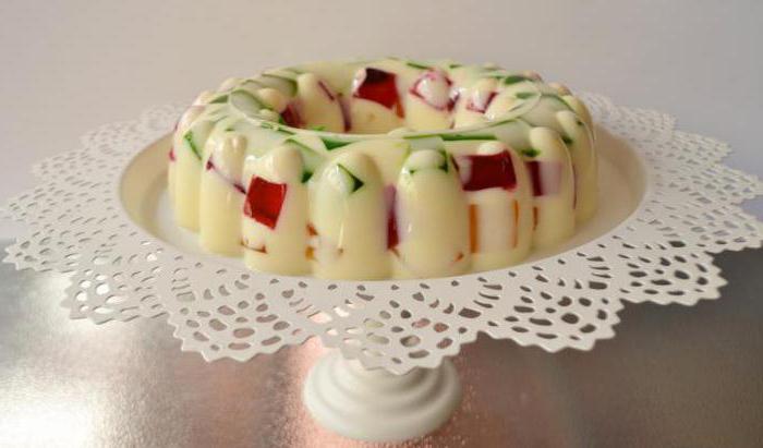 Десерт желе со сметаной