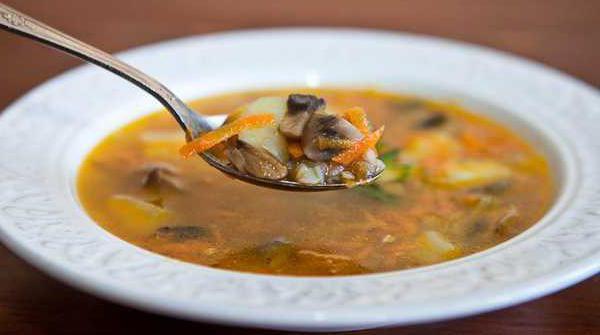 приготовить суп из квашеной капусты с мясом