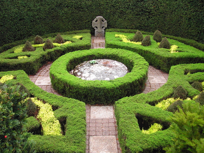 Формальный сад