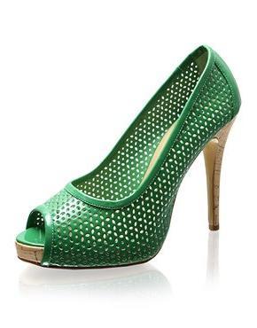 Зеленоватые туфли и последние престижные тенденции