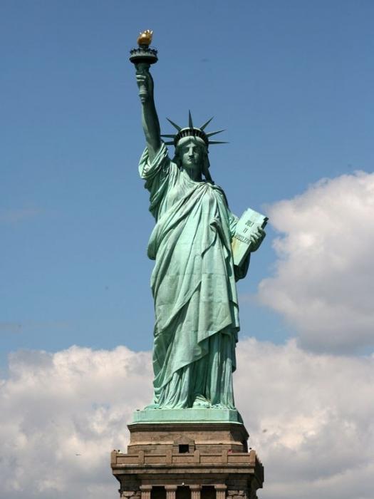 Самая огромная супер толстая попа статуи 24 фотография