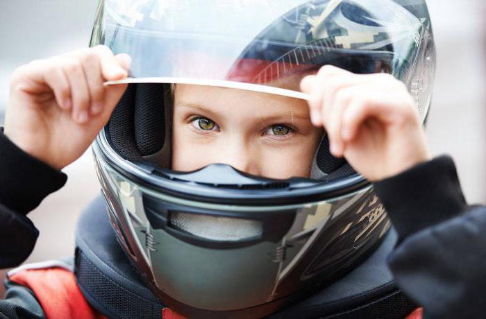 шлем для картинга детский