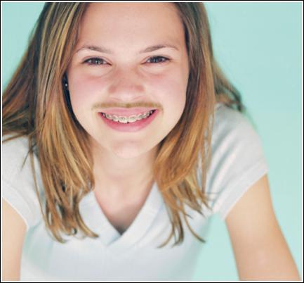 фото у девушек усы