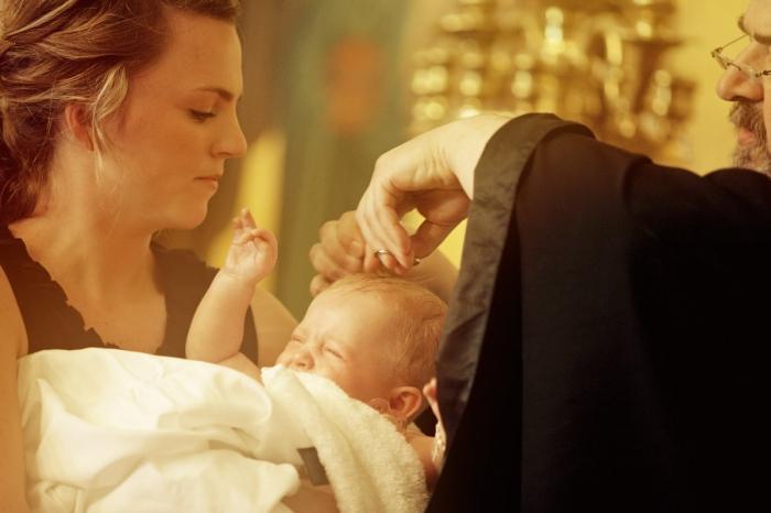 Если предстоит крещение ребенка: что нужно для проведения обряда
