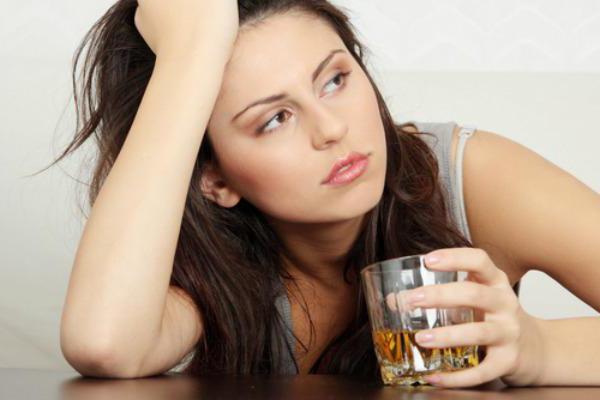 Женский алкоголизм стадии симптомы лечение поджелудочной и селезенки при алкогольной зависимости