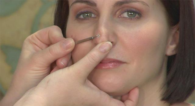 Как выдавить черные точки на носу