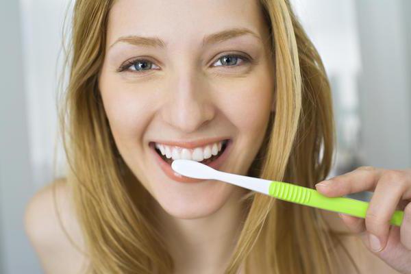 запах изо рта сероводородом причины и лечение