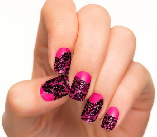 Маникюр черно-розовый. Яркость и простота