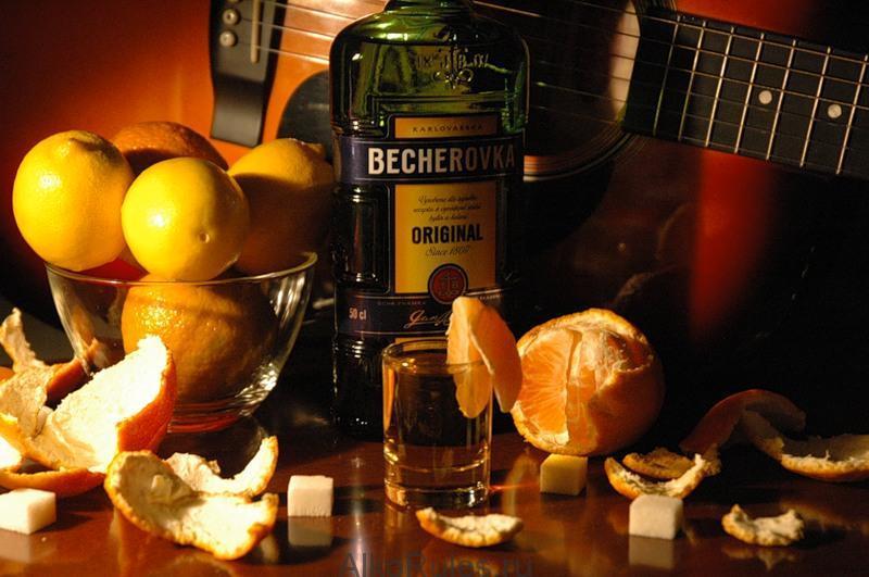 бехеровка лимонная как правильно пить