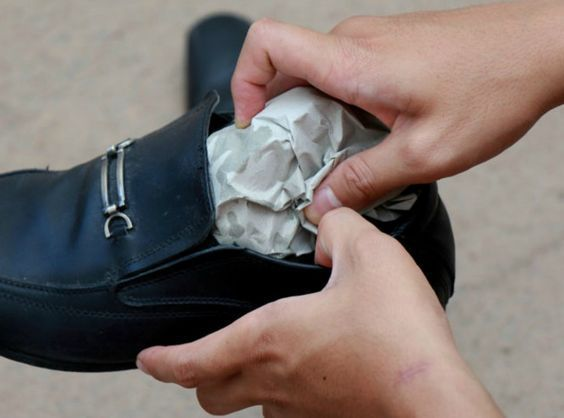 presses leather shoes how to stretch