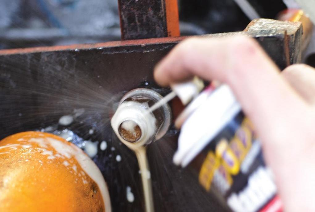 how to unscrew a broken bolt