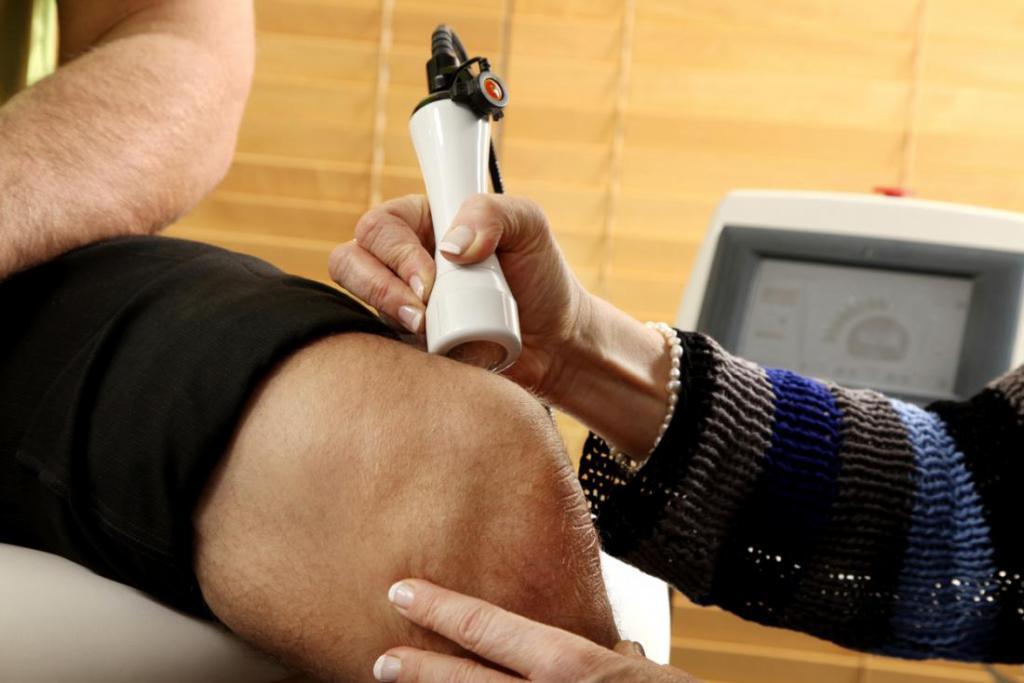 Выбор прибора для лечения суставов лазером подергивание в коленных суставах