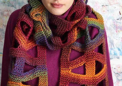 шарф, выполненный лентами