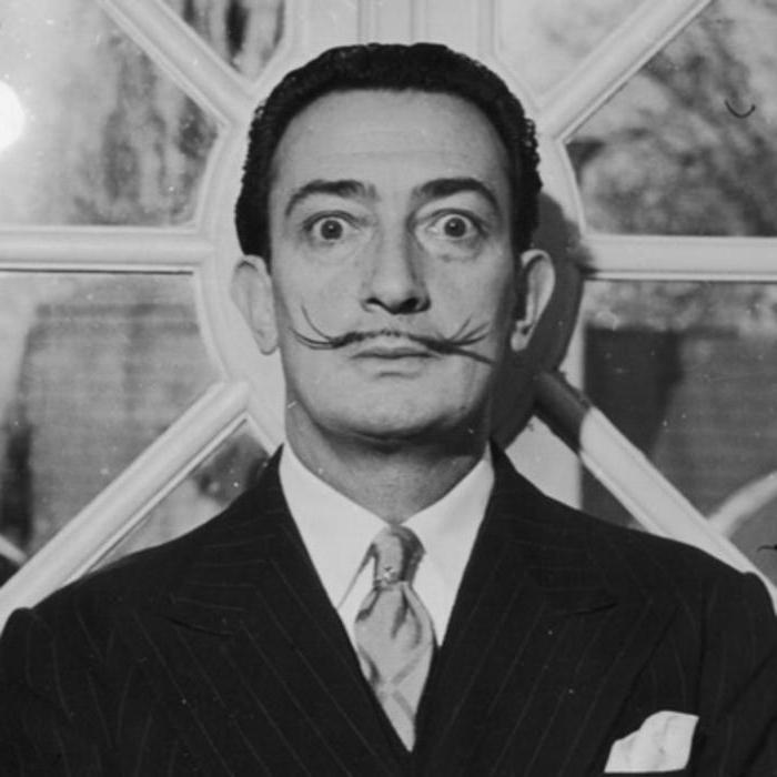 """Autumn cannibalism"": Salvador Dali and the Civil war in Spain"