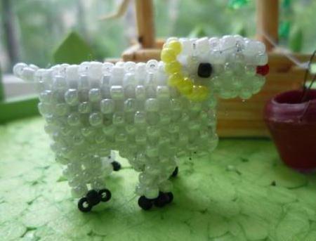плетение овечки из бисера