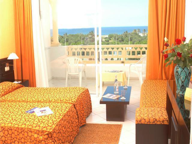 отель ramada liberty resort 4 в монастире тунис