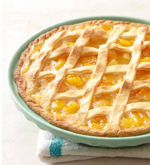 пирог с абрикосовым вареньем на сыворотке