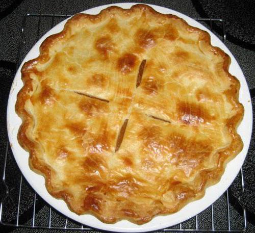 Пирог с вареньем из дрожжевого теста