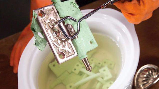 Как снять старую краску с металла