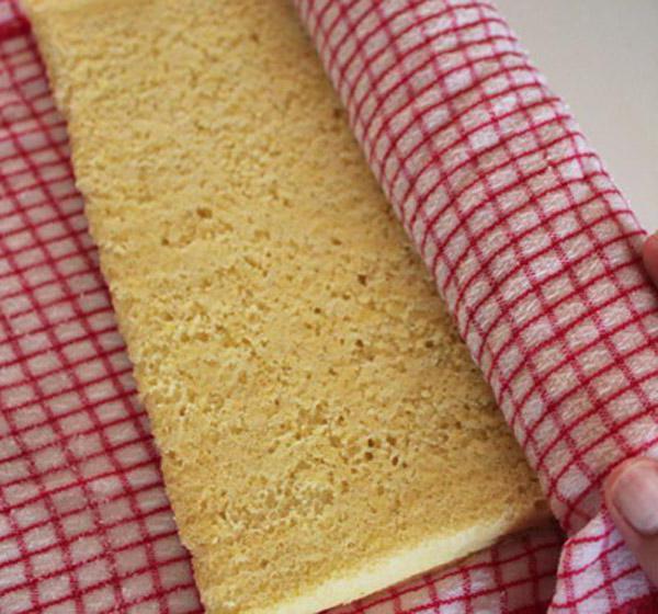 рецепт бисквитного рулета с заварным кремом