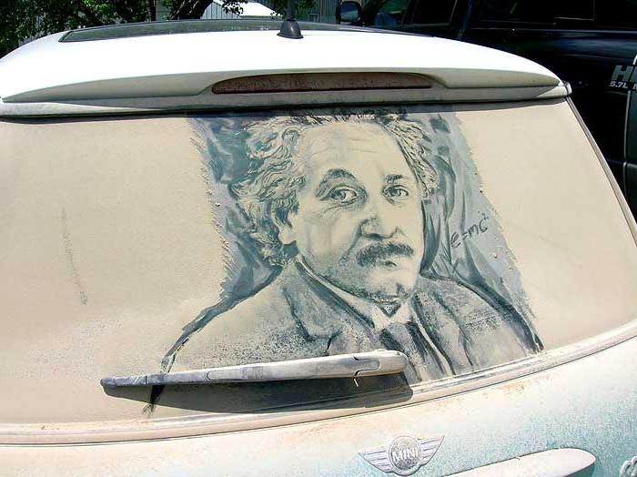 реклама на заднем стекле автомобиля за деньги