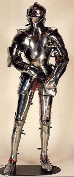 изготовление доспехов рыцарей средневековья из металла