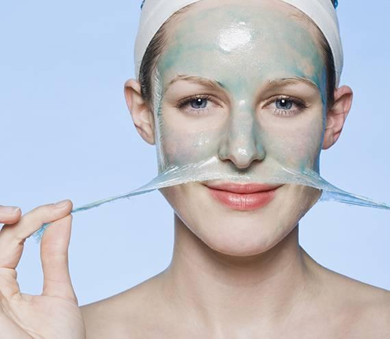 Как наносить маску на лицо: правила нанесения, периодичность, оптимальное время