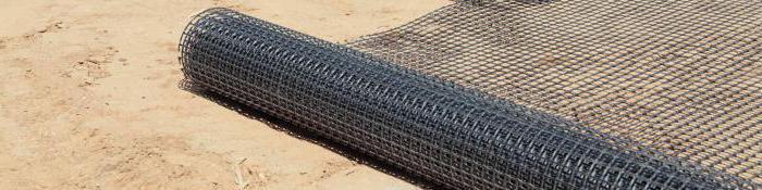 геосетка для укрепления склонов на дачном участке
