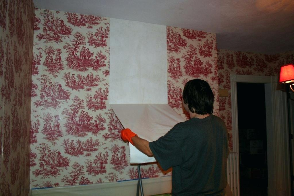 how to remove non-woven wallpaper from a drywall