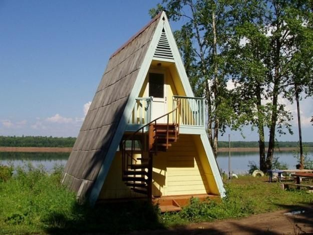 дом с крышей до земли из бруса