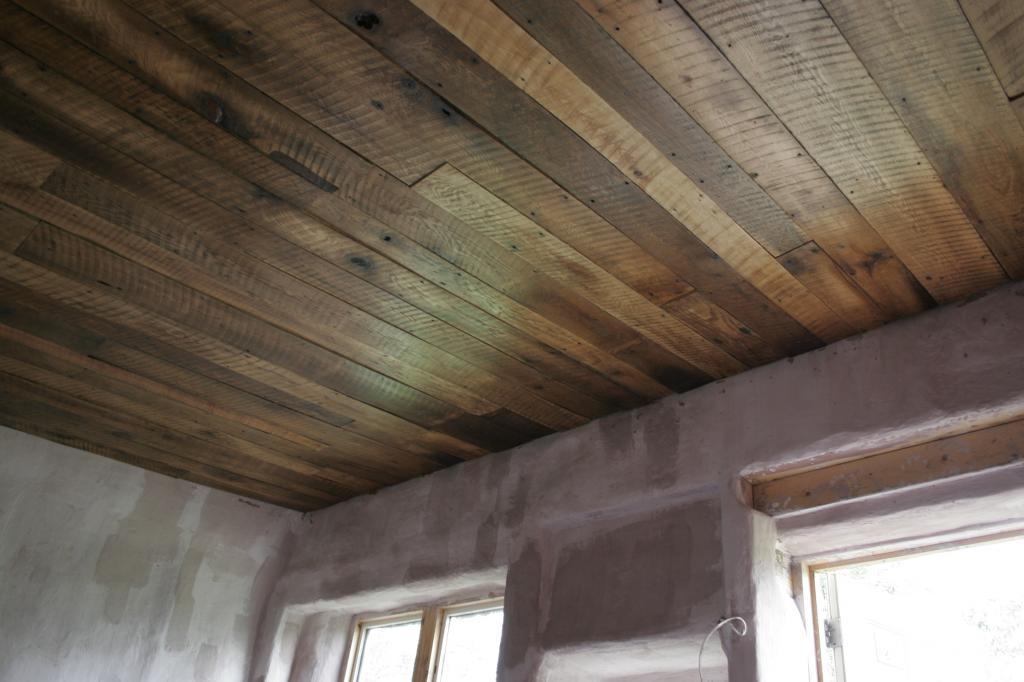 unedged ceiling