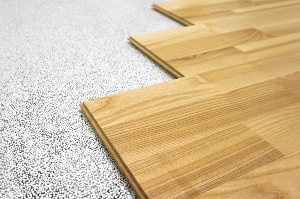 how to lay a laminate on a wooden floor