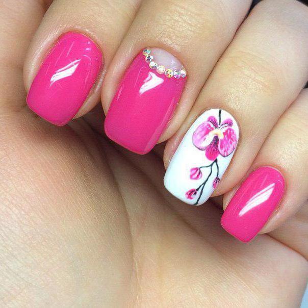Ногти с орхидеями