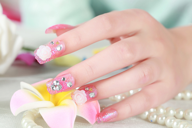 beautiful artificial nails