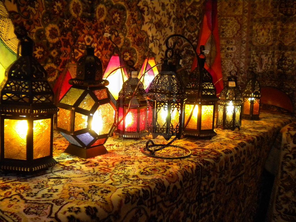 Марокканские светильники: характерные черты стиля, особенности, узнаваемые мотивы и использование в дизайне интерьера