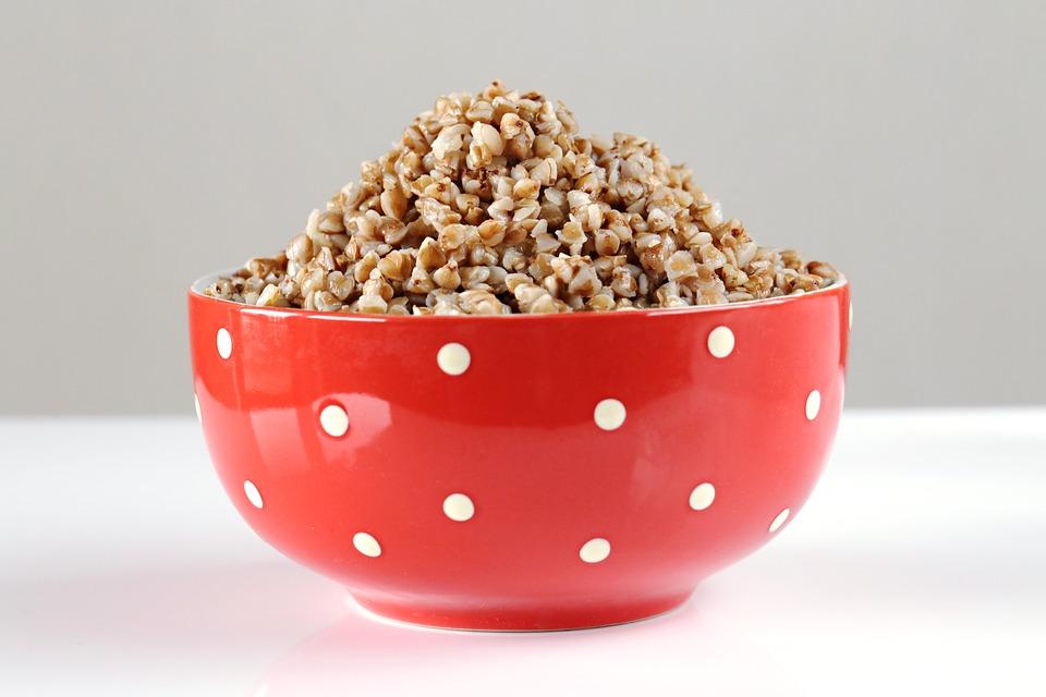 Калорийность гречневой каши на воде без масла на 100 грамм, химический состав, польза