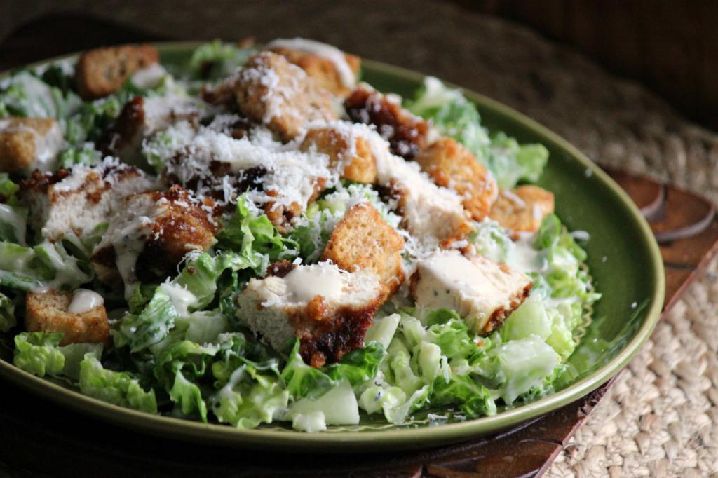 была цезарь салат рецепт классический с сухариками фото то