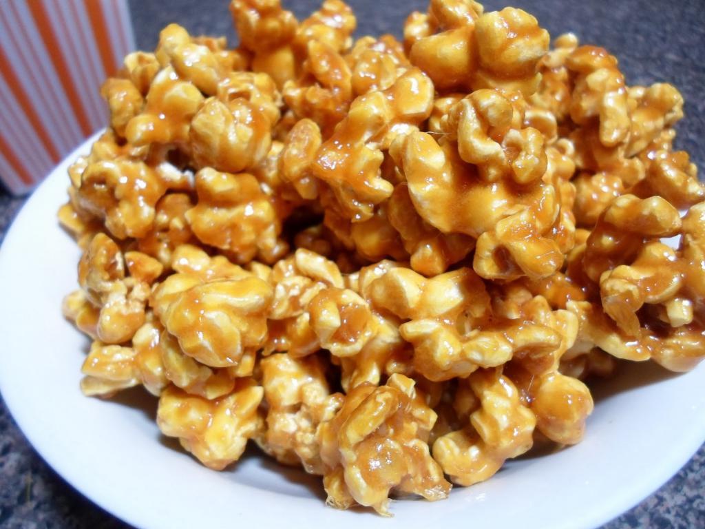 как сделать попкорн сладким в домашних условиях
