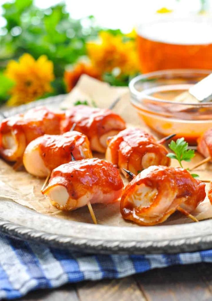 chicken breasts in bacon in the oven recipe with photo